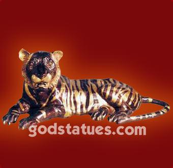 bras-lying-tiger